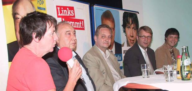 Podiumsdiskussion zur Bundestagswahl 2005